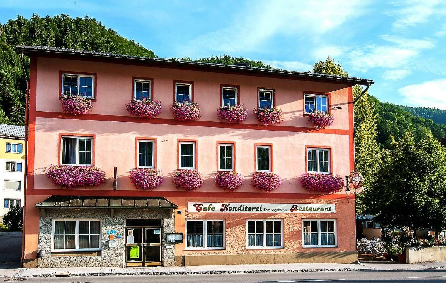 Gasthof Vogelleitner - Café - Konditorei - Restaurant - Fremdenzimmer